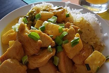 Hähnchen-Ananas-Curry mit Reis 36