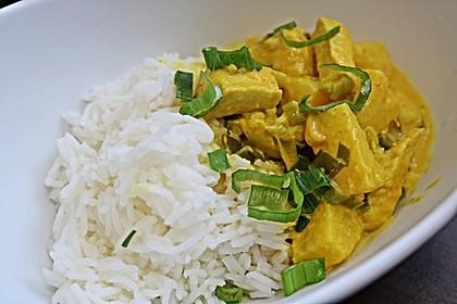 Hähnchen-Ananas-Curry mit Reis 26