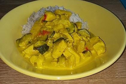 Hähnchen-Ananas-Curry mit Reis 52