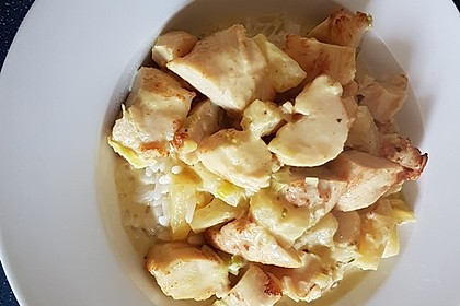 Hähnchen-Ananas-Curry mit Reis 80