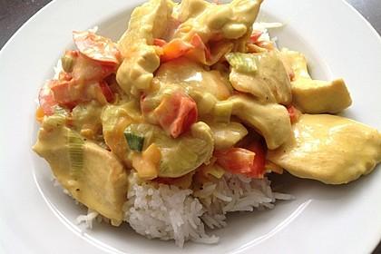 Hähnchen-Ananas-Curry mit Reis 32