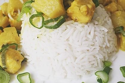 Hähnchen-Ananas-Curry mit Reis 55
