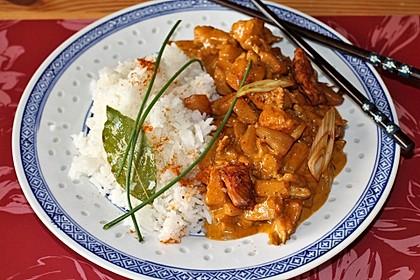 Hähnchen-Ananas-Curry mit Reis 10