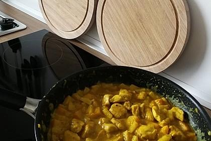Hähnchen-Ananas-Curry mit Reis 105