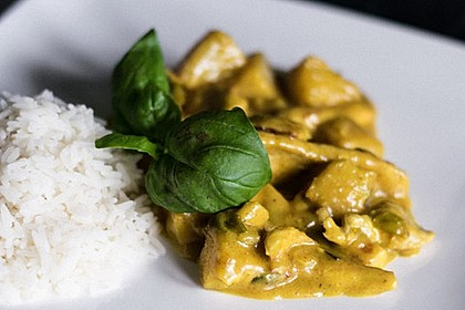 Hähnchen-Ananas-Curry mit Reis 13