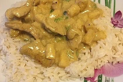 Hähnchen-Ananas-Curry mit Reis 66