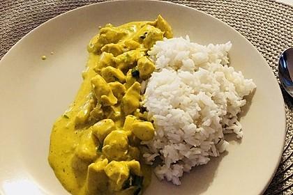 Hähnchen-Ananas-Curry mit Reis 71