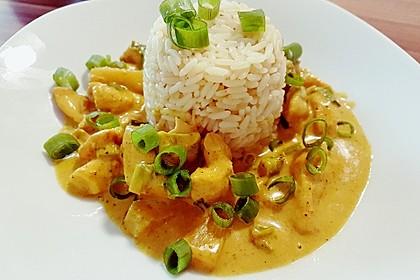 Hähnchen-Ananas-Curry mit Reis 51