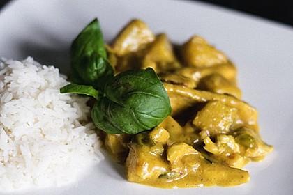 Hähnchen-Ananas-Curry mit Reis 76