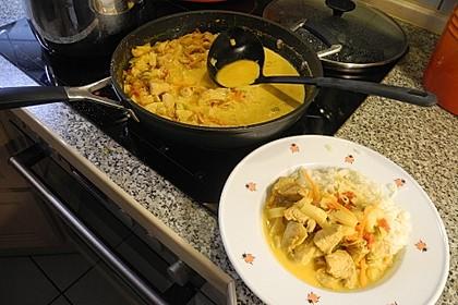 Hähnchen-Ananas-Curry mit Reis 60