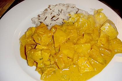 Hähnchen-Ananas-Curry mit Reis 69