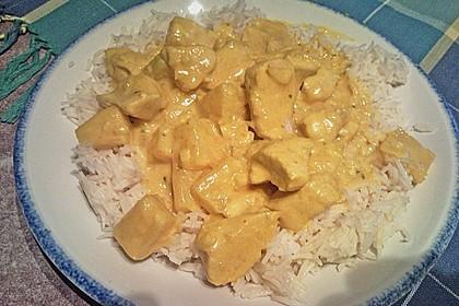 Hähnchen-Ananas-Curry mit Reis 91
