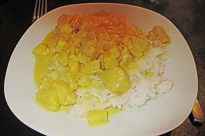 Hähnchen-Ananas-Curry mit Reis 120