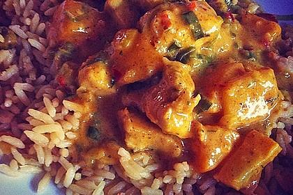 Hähnchen-Ananas-Curry mit Reis 75