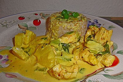 Hähnchen-Ananas-Curry mit Reis 62