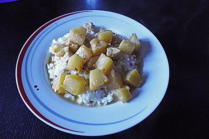 Hähnchen-Ananas-Curry mit Reis 115