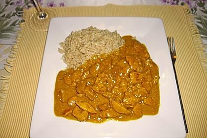 Hähnchen-Ananas-Curry mit Reis 103