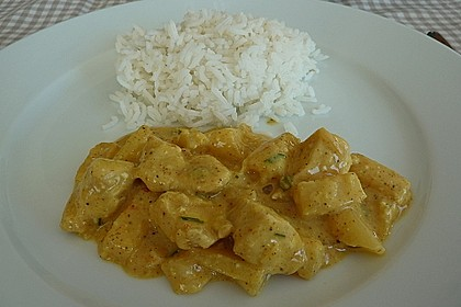 Hähnchen-Ananas-Curry mit Reis 23