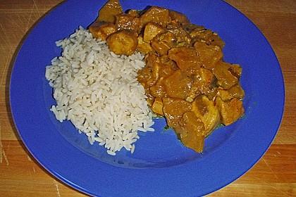 Hähnchen-Ananas-Curry mit Reis 86