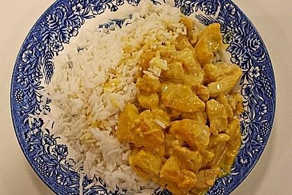 Hähnchen-Ananas-Curry mit Reis 84