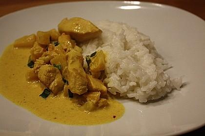 Hähnchen-Ananas-Curry mit Reis 37