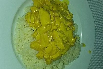 Hähnchen-Ananas-Curry mit Reis 109