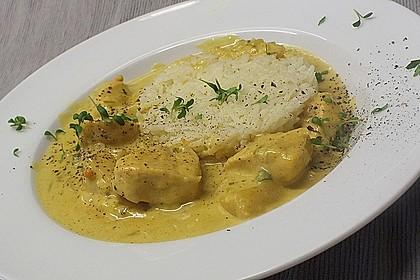 Hähnchen-Ananas-Curry mit Reis 8