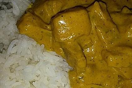 Hähnchen-Ananas-Curry mit Reis 77
