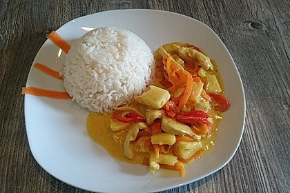 Hähnchen-Ananas-Curry mit Reis 22