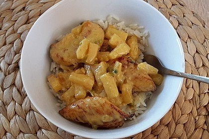 Hähnchen-Ananas-Curry mit Reis 34