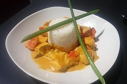 Hähnchen-Ananas-Curry mit Reis 15