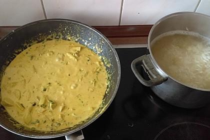 Hähnchen-Ananas-Curry mit Reis 74