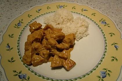 Hähnchen-Ananas-Curry mit Reis 72