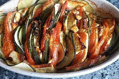 Auflauf von Zucchini, Tomaten und Feta 23