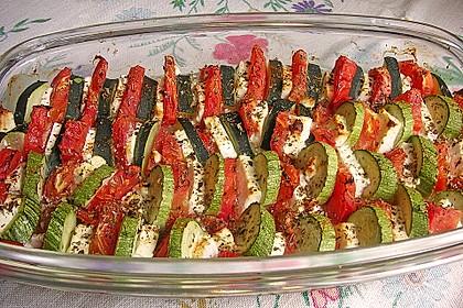 Auflauf von Zucchini, Tomaten und Feta 17