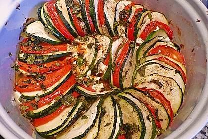 Auflauf von Zucchini, Tomaten und Feta 12
