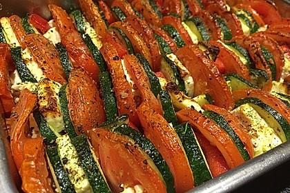 Auflauf von Zucchini, Tomaten und Feta 16