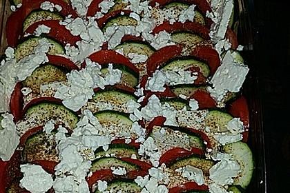Auflauf von Zucchini, Tomaten und Feta 26
