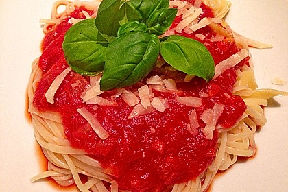 Sizilianische Tomatensoße 15