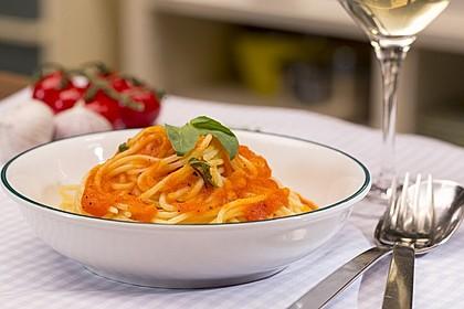 Sizilianische Tomatensoße