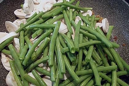 Tagliatelle mit grünen Bohnen und Champignons in Sahnesauce 2
