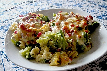 Brokkoli - Nudel - Auflauf 1