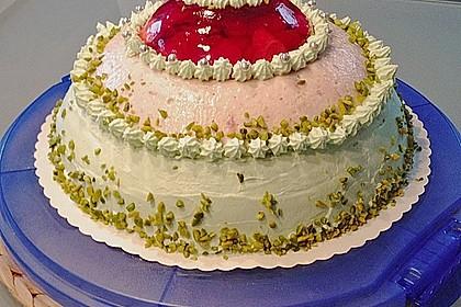 Mai - Torte mit Erdbeeren und Waldmeister 6