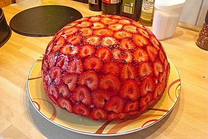 Mai - Torte mit Erdbeeren und Waldmeister 1