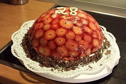 Mai - Torte mit Erdbeeren und Waldmeister 2