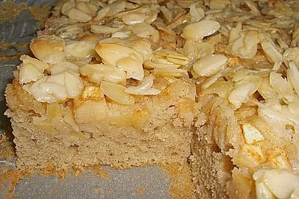 Apfel - Mandel - Kuchen mit Eierlikör 22