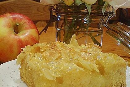 Apfel - Mandel - Kuchen mit Eierlikör 10