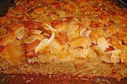 Apfel - Mandel - Kuchen mit Eierlikör 44
