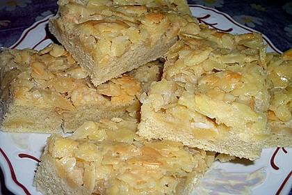 Apfel - Mandel - Kuchen mit Eierlikör 34