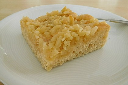 Apfel - Mandel - Kuchen mit Eierlikör 28